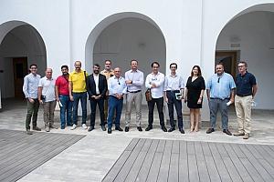 El acuerdo entre Orihuela y el Colegio de Arquitectos bajará el tiempo para conceder licencias de obra de un año a dos meses