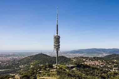 Por qué el edificio que mejor define Barcelona es la torre de Collserola (y no la Sagrada Familia)