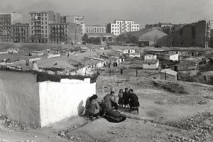 Por qué en España vivimos hacinados en pisos, incluso en los pueblos