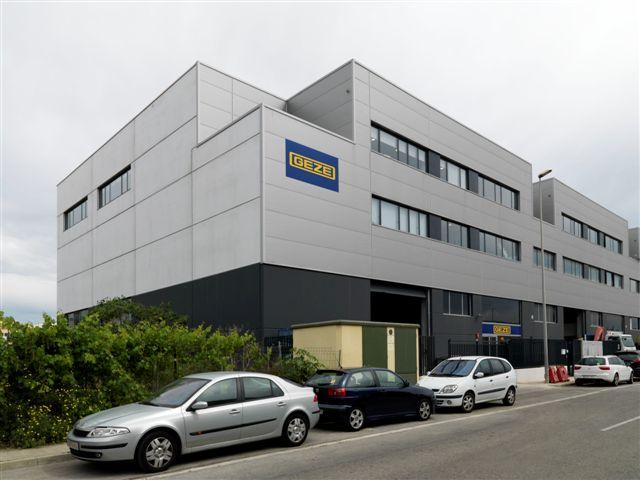 Geze ampl a sus instalaciones con una nueva f brica en - Fabrica puertas madrid ...