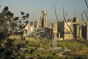 Las industrias del cemento y el azulejo, las más afectadas por el nuevo impuesto a los residuos
