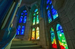 Arte con la luz de la Sagrada Familia