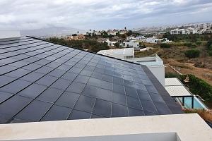 SOLAR INNOVA suministra 200 tejas fotovoltaicas BIPV para el proyecto de instalación de cubierta fotovoltaica en Málaga
