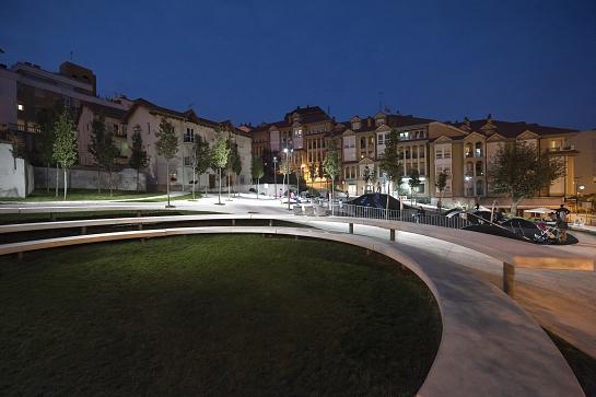 Plaza Tetuán-Amaliach. Entre valles y cráteres . Santander . Cantabria . España