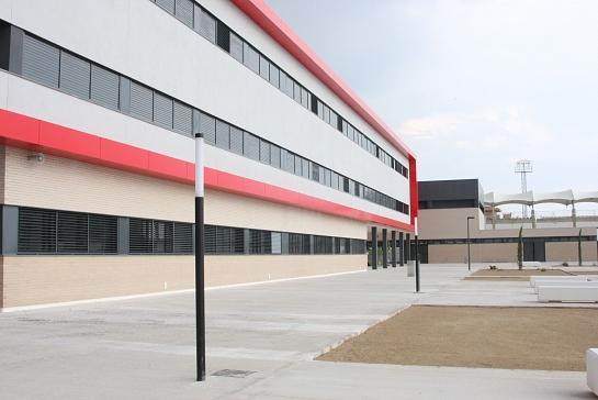Centro Escolar en Villa-Joyosa . Villajoyosa . Alacant . España