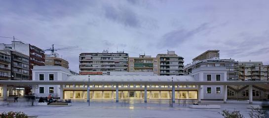 Reciclaje de Antigua Estación de Autobuses . Alicante . Alacant . España