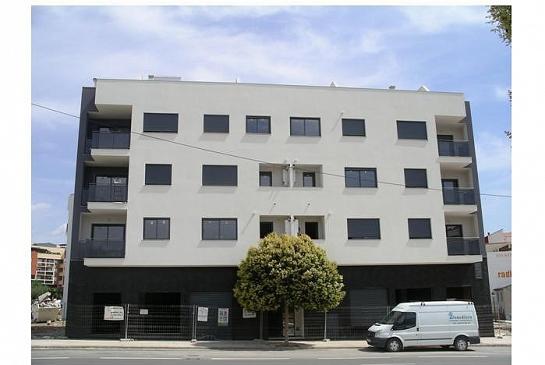 Edificio 19 viviendas . Segorbe . Castellón . España . 2006