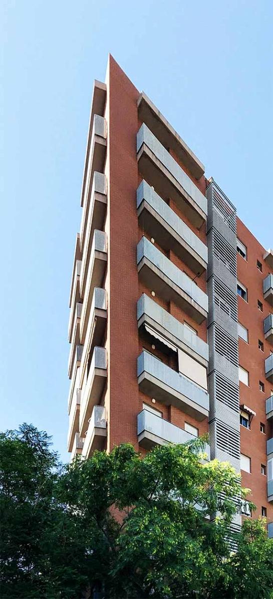 Edificio de 36 viviendas, locales y garaje . Alicante . Alacant . España