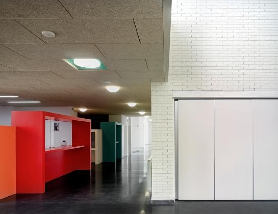 Colegio Infantil-Primaria en Ciruelos . Ciruelos . Toledo . España