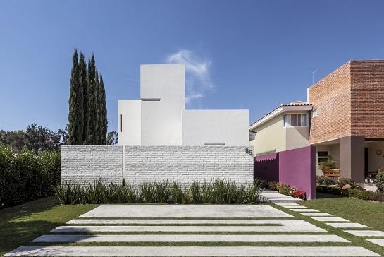 Olguín House . México . México . México