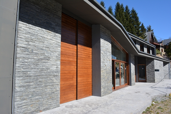 Vivienda Bioclimática en Planoles . Girona . España