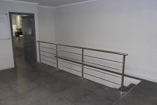 Oficinas en nave industrial . Daya Nueva . Alacant . España . 2012