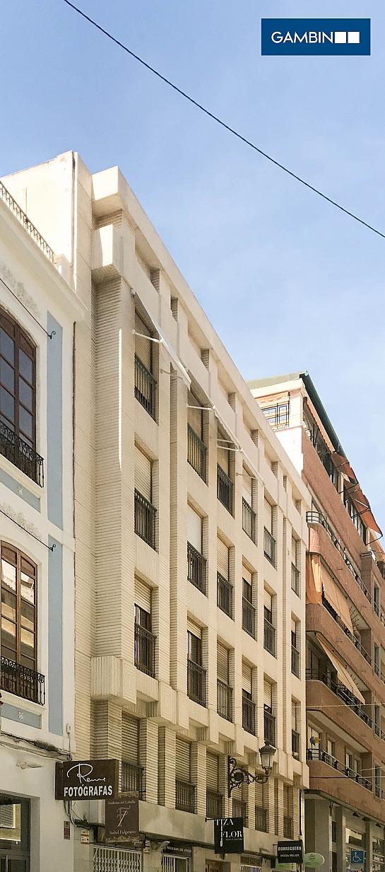Edificio de Viviendas en César Elguezabal . Alicante . Alacant . España
