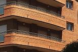 Edificio de 13 viviendas y locales