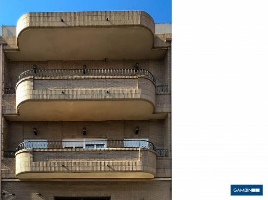 Edificio de 2 viviendas . Cox . Alacant . España