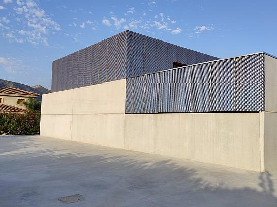Gimnasio CEIP . Pedreguer . Alacant . España