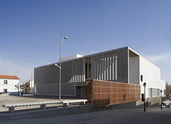 Centro Cultural y Escuela de Música . Madrid . Madrid . España