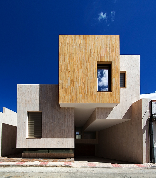 Casa R+ . Mora . Toledo . España