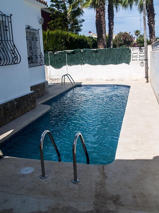 Piscina privada els poblets for Proyecto piscina privada