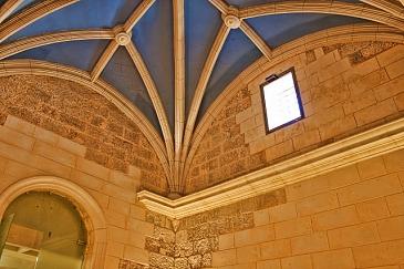 Restauración de Sacristía y Sala Capitular de la Iglesia Arciprestal de Santiago . Villena . Alacant . España