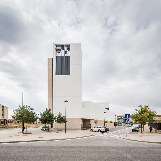 Iglesia y centro parroquial . Burgos . Burgos . España